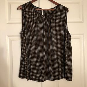 Black with brown polka dots shell